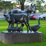 NMBU Farm Animals Statue